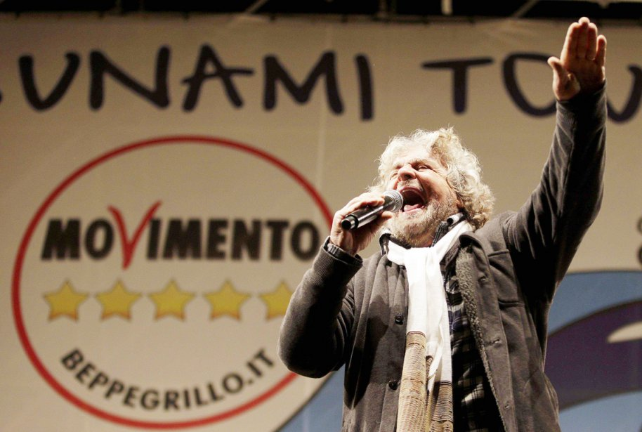 Le M5S de Beppe Grillo, se qualifiant «de... (PHOTO MAX ROSSI, ARCHIVES REUTERS)