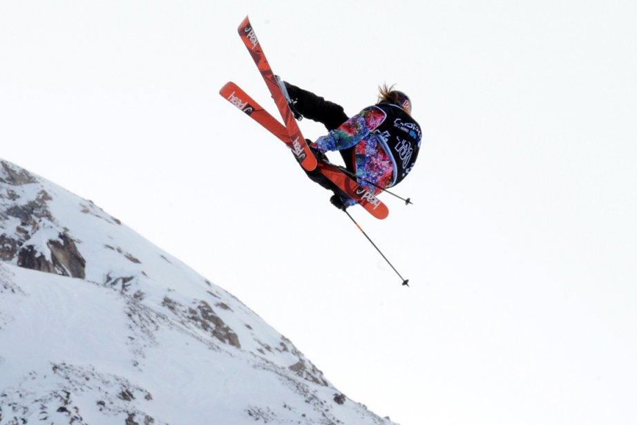 Kaya Turski a remporté l'épreuve de slopestyle comptant... (Photo Jean-Pierre Clatot, AFP)