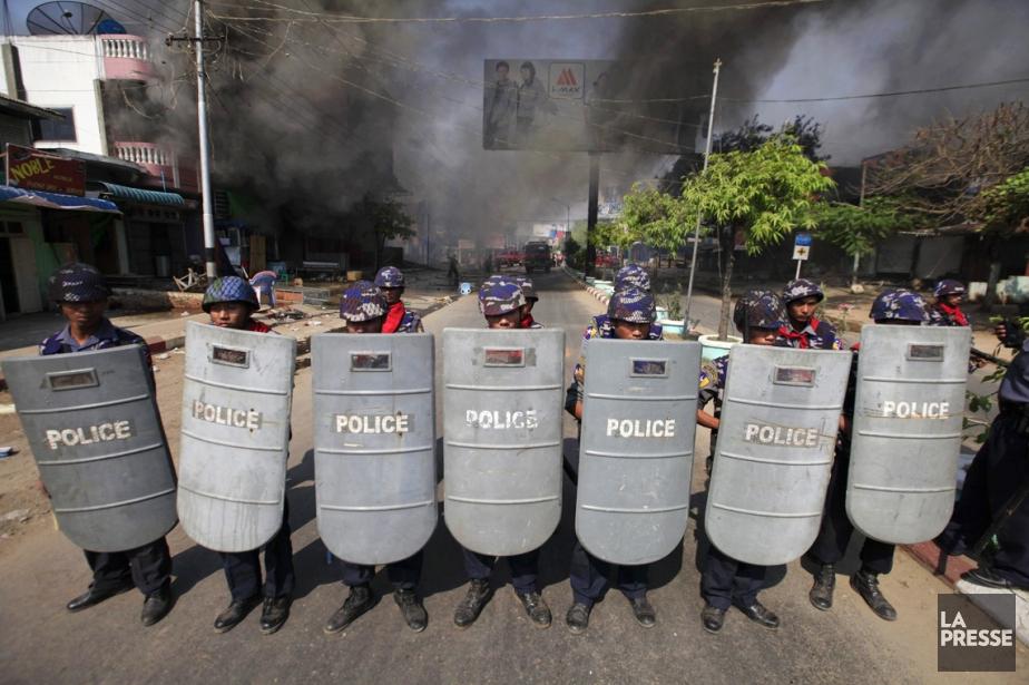 Les autorités de Meiktila ont instauré l'état d'urgence... (PHOTO SOE ZEYA TUN, REUTERS)