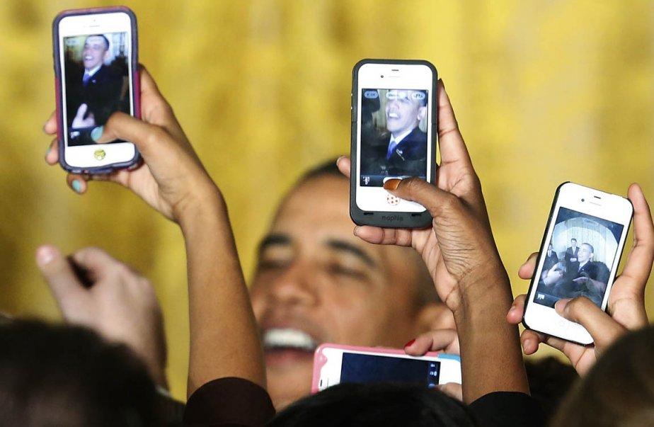 Barack Obama rencontre des visiteurs à la Maison-Blanche... | 2013-03-22 00:00:00.000