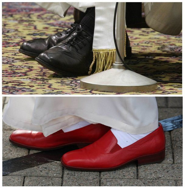 Combinaison de deux images: Les chaussures du pape François( en haut) et celles de Benoit XVI | 22 mars 2013