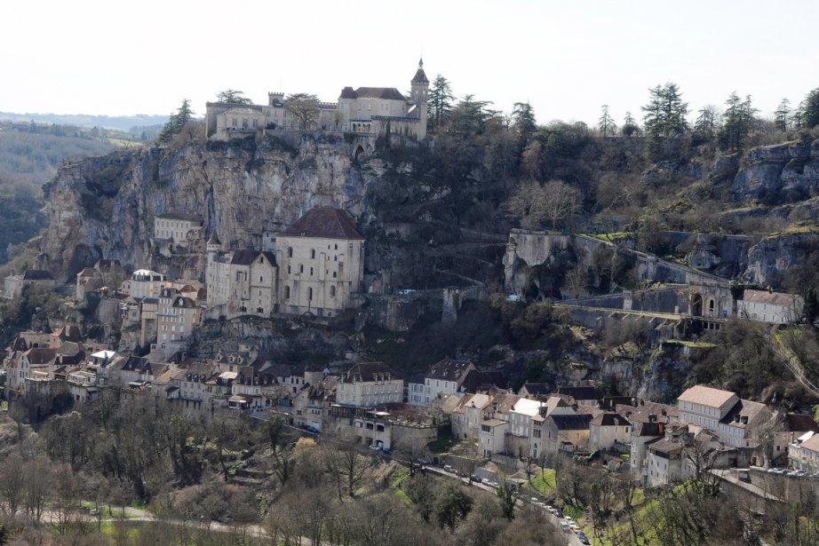 Le site de Rocamadour est suspendu à une... (PHOTO PASCAL PAVANI, AFP)