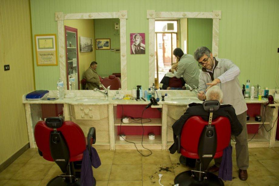 Cattolica eraclea fief des rizzuto for Salon de coiffure pour homme