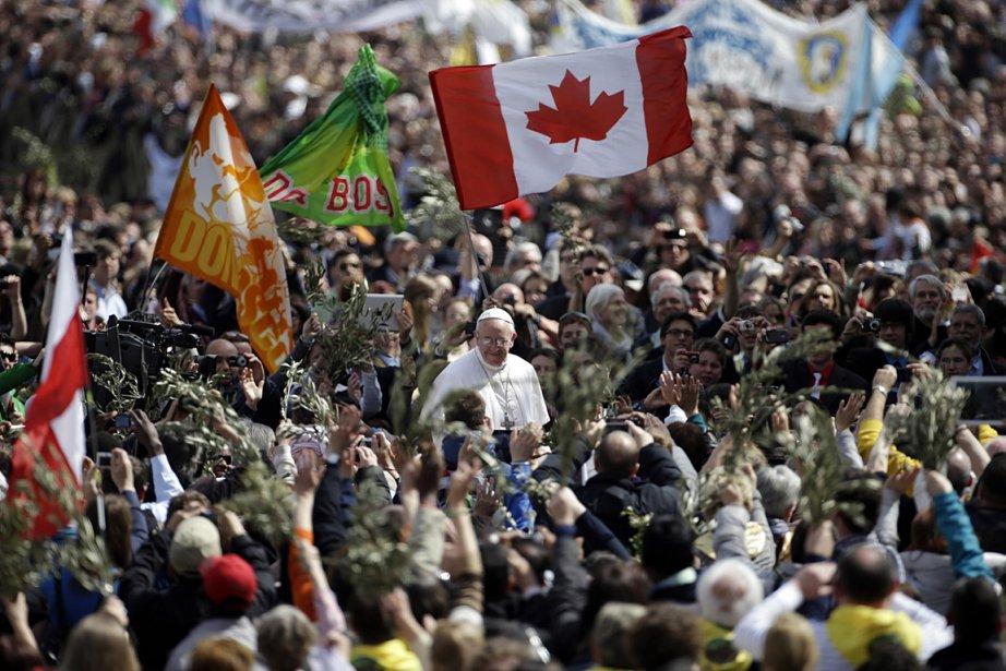 Le pape a débuté la cérémonie du Dimanche... (Photo: AP)