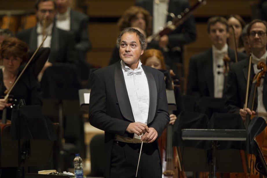 Le chef d'orchestre Simon Leclerc sera le maître... (Photo: Édouard Plante-Fréchette, archives La Presse)