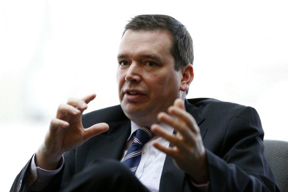 Le ministre Christian Paradis... (PHOTO CHRIS WATTIE, REUTERS)
