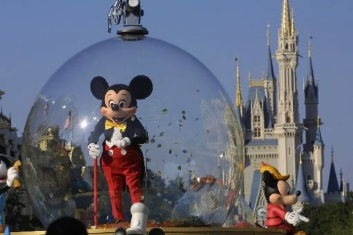 Mickey Mouse lors d'une parade à Disney World,... (Photo Getty Images)