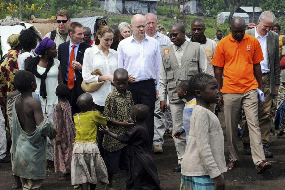 Le ministre britannique des Affaires étrangères, WilliamHague, et... (Photo Iggy Roberts, AP)