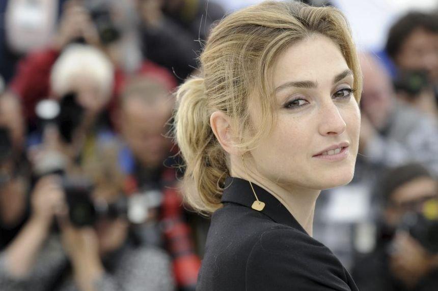 Julie Gayet au Festival de Cannes en mai... (Photo: archives AFP)