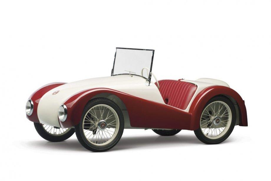 L'exquise Champion CH-21949 (63250$), le rêve fou d'un ex-ingénieur de BMW. (Photo fournie par RM Auctions)