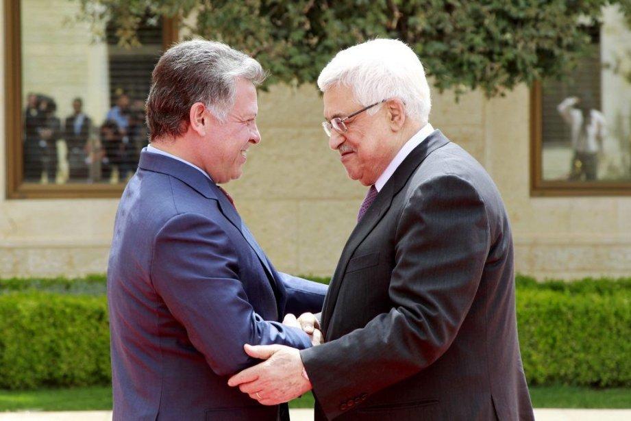 Le roi de Jordanie Abdallah II accueille le... (PHOTO MUHAMMAD HAMED, REUTERS)
