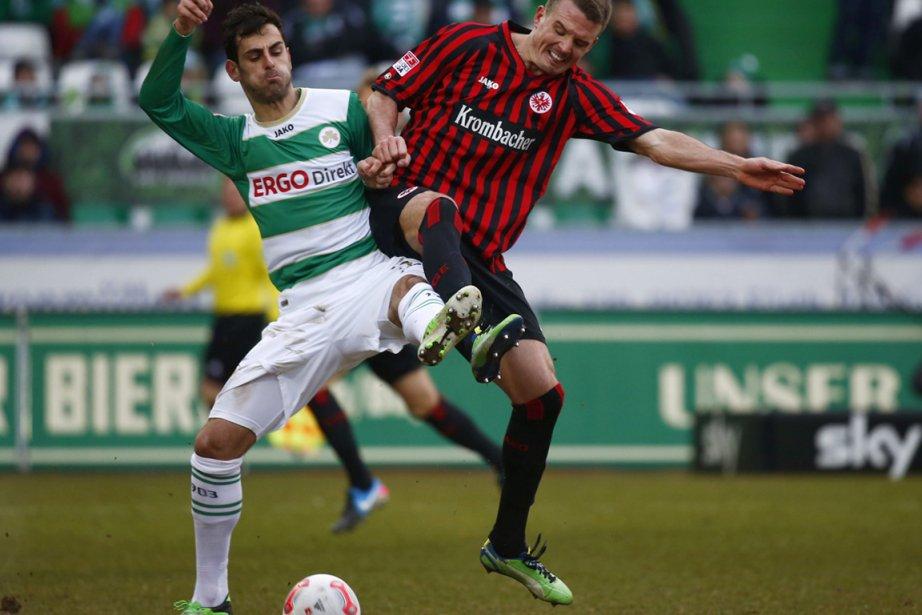 Alex Meier, à droite, a marqué son 13e... (Photo : Kai Pfaffenbach, Reuters)