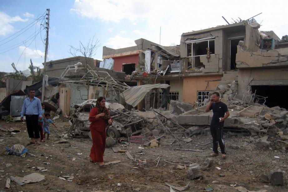 Un immeuble détruit par un autre attentat à... (Photo Emad Matti/ AP)