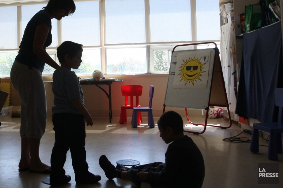 Les parents d'enfants autistes se battent dans l'ombre... (PHOTO: MARTIN CHAMBERLAND, ARCHIVES LA PRESSE)