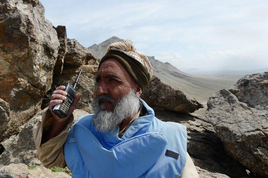 Haji Abdul Samad, 60 ans, démineur.... | 2013-04-03 00:00:00.000