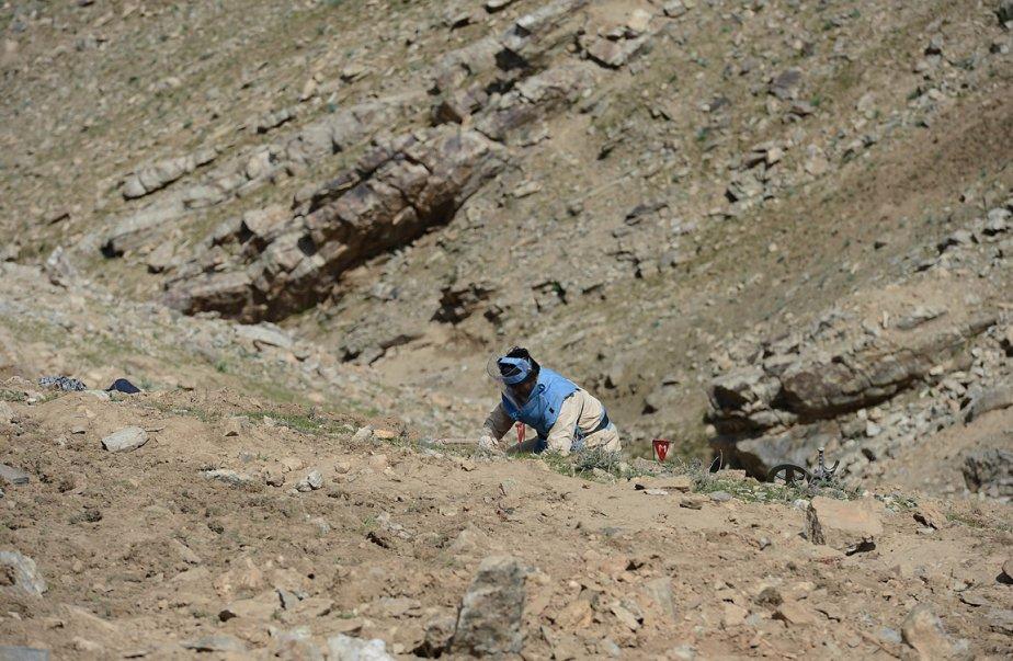 Haji Abdul Samad, dit avoir connu « 20 à 30 » démineurs blessés ou tués à la tâche. | 3 avril 2013