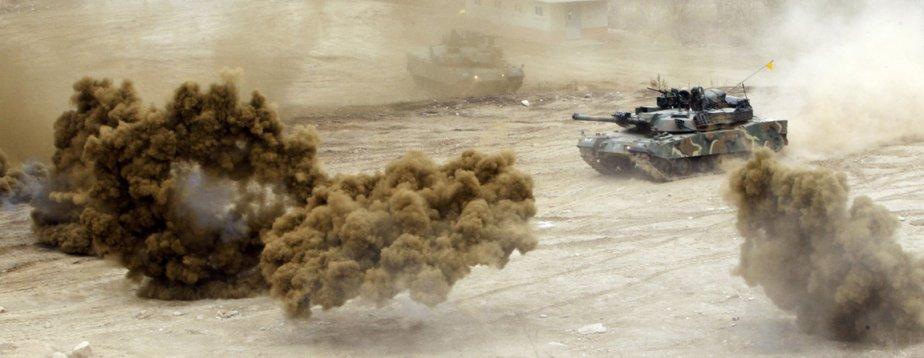 Un char d'assaut de l'armée sud-coréenne lors de manoeuvre près de la zone démilitarisée en Corée du Sud. | 5 avril 2013