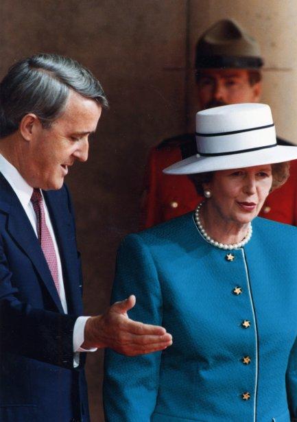 Avec le premier ministre Brian Mulroney lors d'une visite à Toronto en 1988 | 8 avril 2013