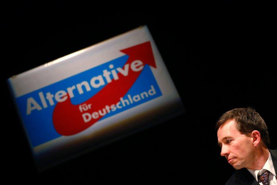 Bernd Lucke,un professeur d'économie de l'université de Hambourg,... (PHOTO KAI PFAFFENBACH, REUTERS)