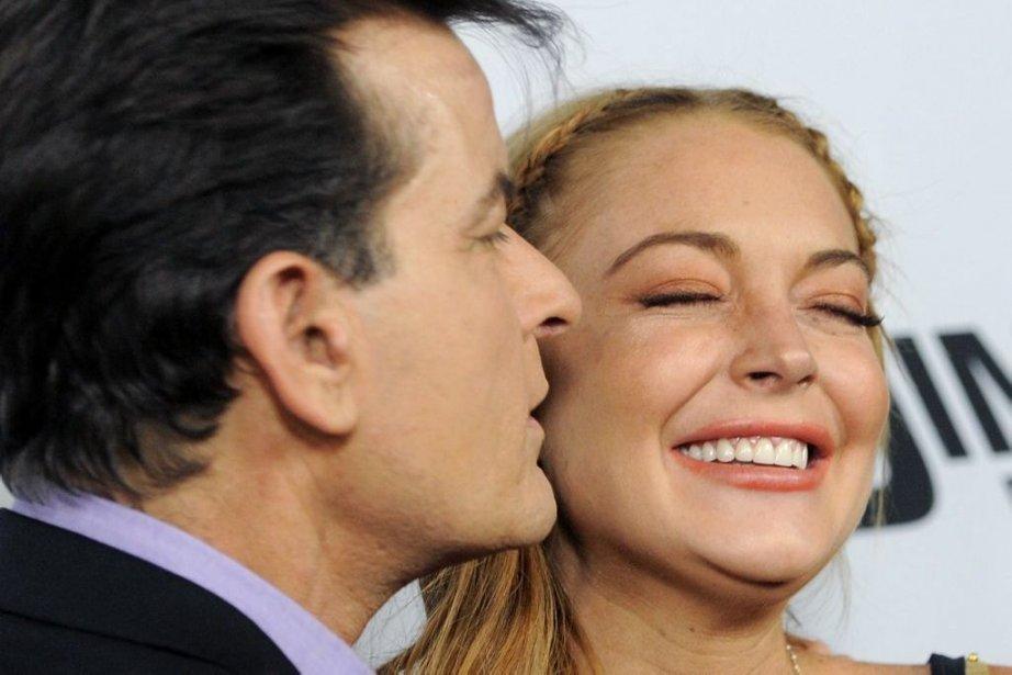 Lindsay Lohan a reçu un baiser de sa... (Photo: AP)