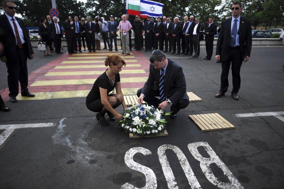 Le ministre israélien du Tourisme, Stas Misezhnikov, déposait... (Photo : Nikolay Doychinov, archives AFP)