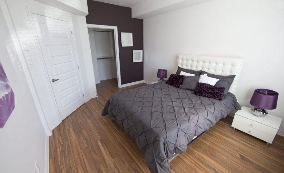La chambre principale est dotée d'une vaste penderie de style walk-in. | 17 avril 2013