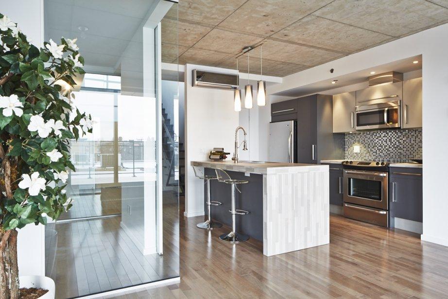 La pièce vitrée devant la cuisine peut servir de bureau. Elle peut aussi être éliminée pour que l'espace soit complètement ouvert. | 23 avril 2013
