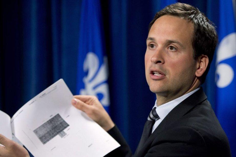 Le ministre délégué aux Affaires intergouvernementales canadiennes, Alexandre... (Photo La Presse Canadienne)