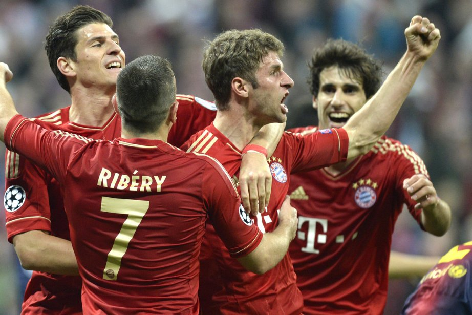 Le Bayern Munich a écrasé le FC Barcelone... (Photo Christof Stache, archives AFP)