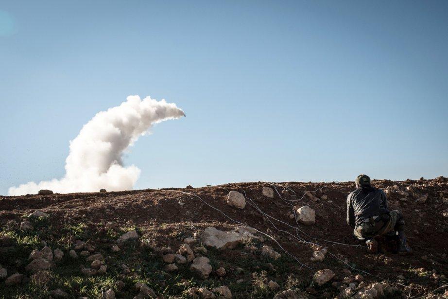 Deux missiles sol-air ont été tiré en driection... (PHOTO ELIAS EDOUARD, ARCHIVES AFP)