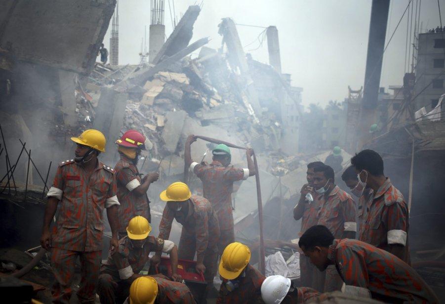 Plus de 400 personnes ont perdu la vie... (Photo Wong Maye-E, Associated Press)