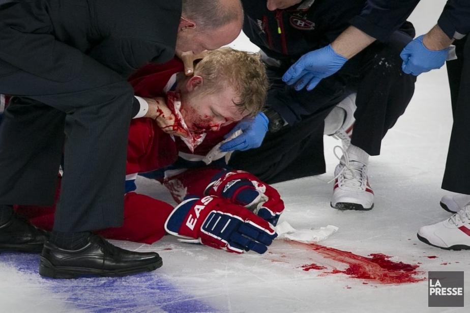 Lars Eller est sorti sur civière après un violent contact avec Eric Gryba | 2 mai 2013