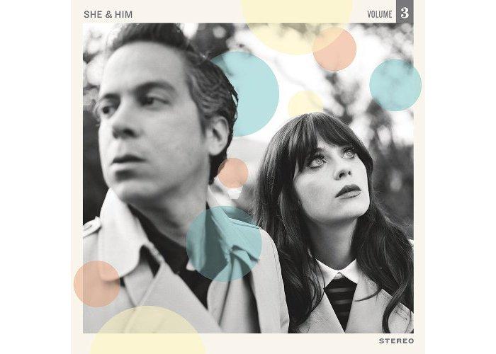 She & Him est un groupe chouchou, réunissant la charmante actrice et chanteuse...