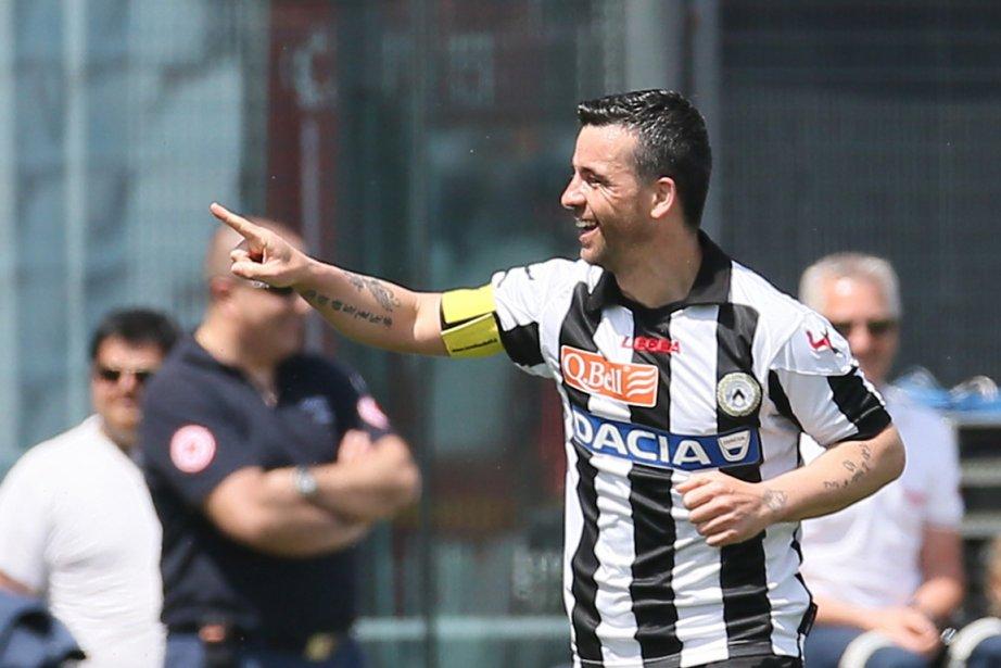 Antonio Di Natale a réussi un doublé pour... (Photo : Paolo Giovannini, AP)
