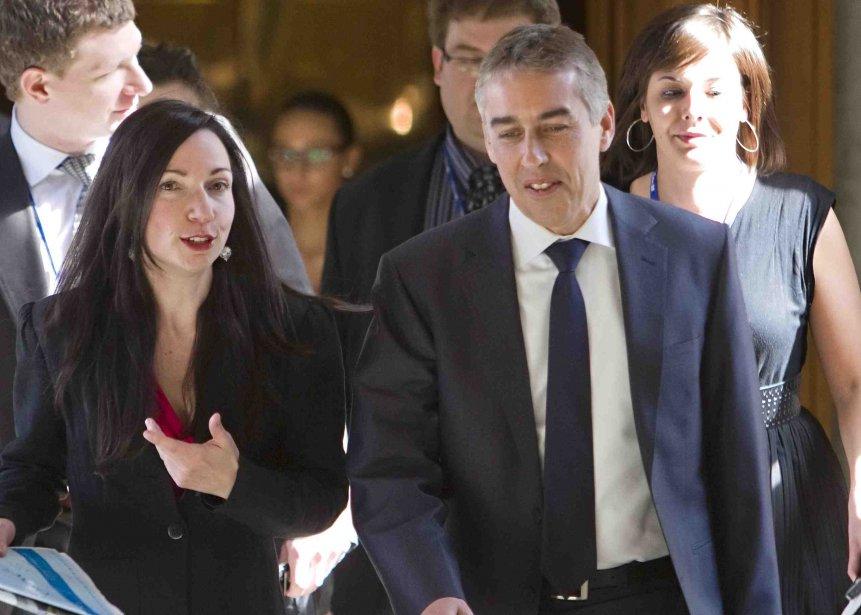 La ministre des Ressources naturelles, Martine Ouellet, et... (Photo PC)