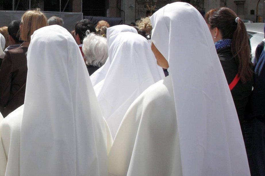 L'habit ne fait pas le moine: les autorités... (Photo Enrique Marcarian, Reuters)
