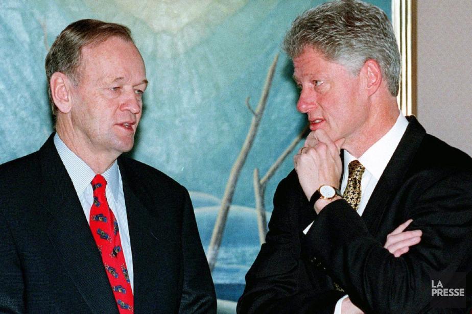 Jean Chrétien et Bill Clinton lors du sommet... (Photo archives La Presse)