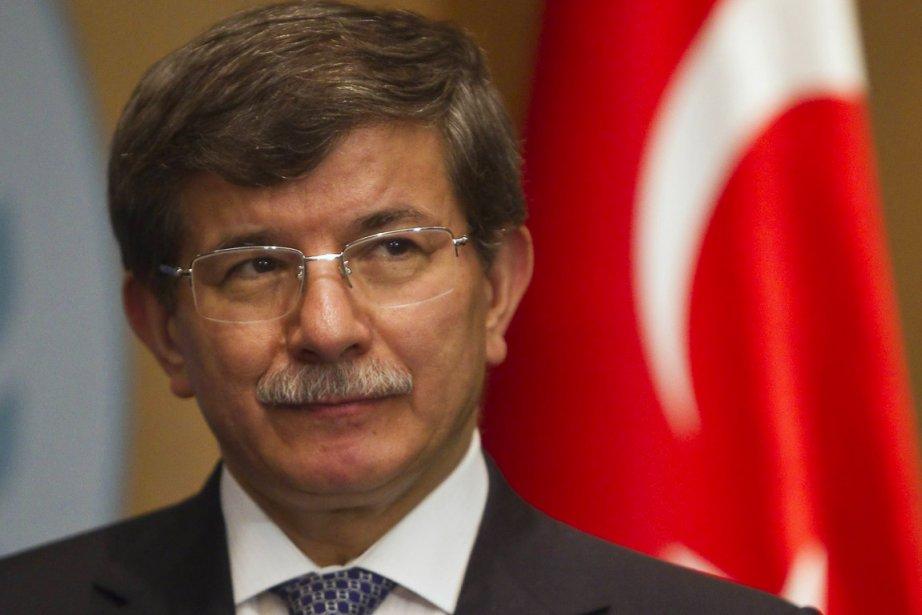 Le ministre turc des Affaires étrangèresAhmet Davutoglu.... (PHOTO SHAMIL ZHUMATOZ, REUTERS)