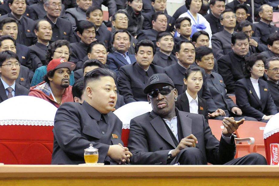 Rodman (à droite) a visité la Corée du... (PHOTO ARCHIVES AFP/KCNA)