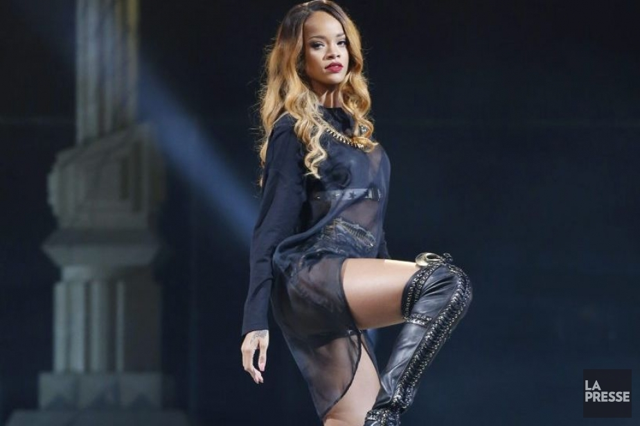 Rihanna en spectacle à Boston lundi.... (Photo: AP)