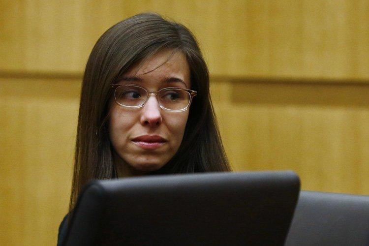 La réaction de Jodi Arias après le prononcé... (Photo: Reuters)