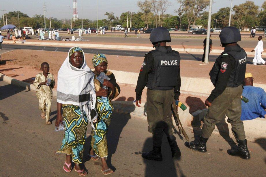 «Un groupe de 60 agents de police (...)... (PHOTO AFOLABI SOTUNDE, ARCHIVES REUTERS)