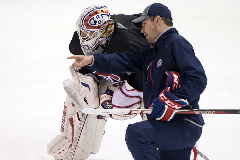 Peter Budaj a reçu des conseils de l'entraîneur... (Photo Ryan Remiorz, PC)