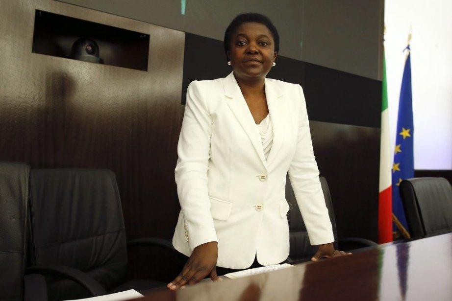 Cécile Kyenge,49 ans, est la première femme noire... (Photo TONY GENTILE, REUTERS)