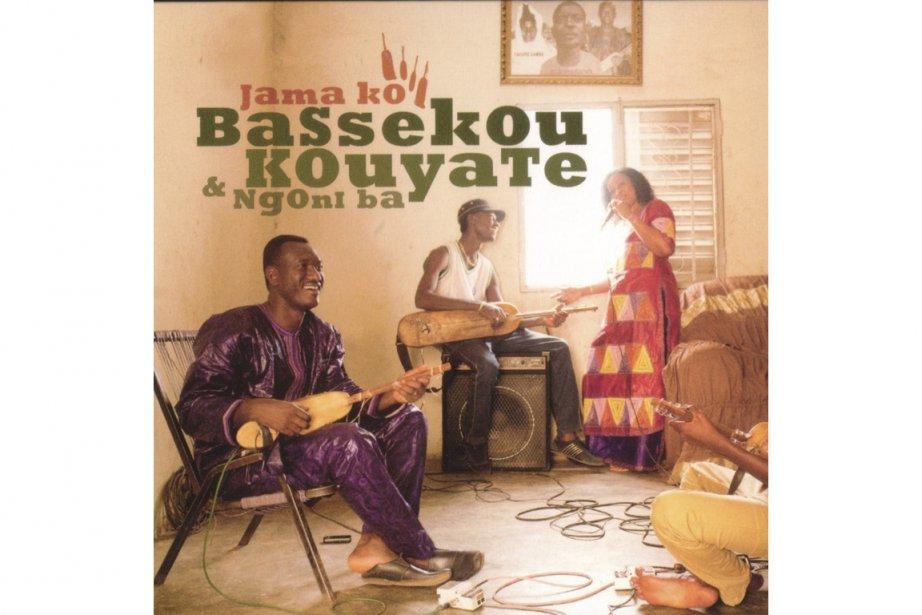 Les grands musiciens du Mali continuent à lier leurs grandes traditions...