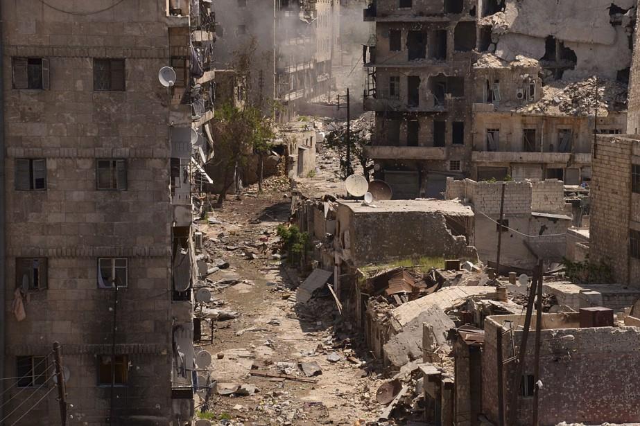 Images de destruction dans la ville d'Alep, en... (Photo: Reuters)
