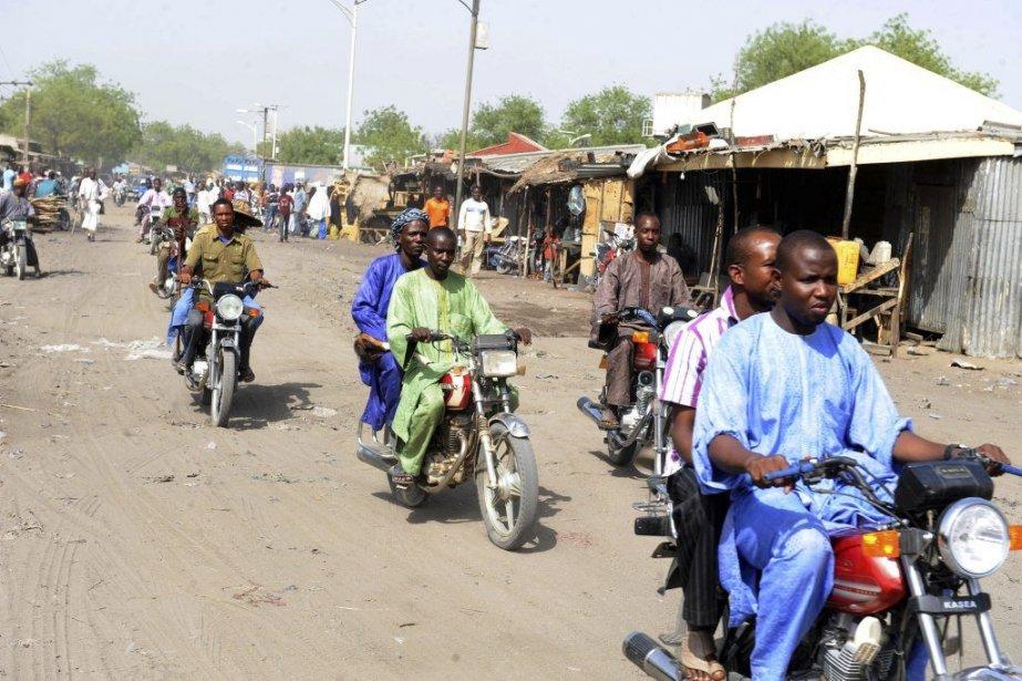 Les motocyclistes retrouvent la route le 30 avril... (PHOTO PIUS UTOMI EKPEI, AFP)