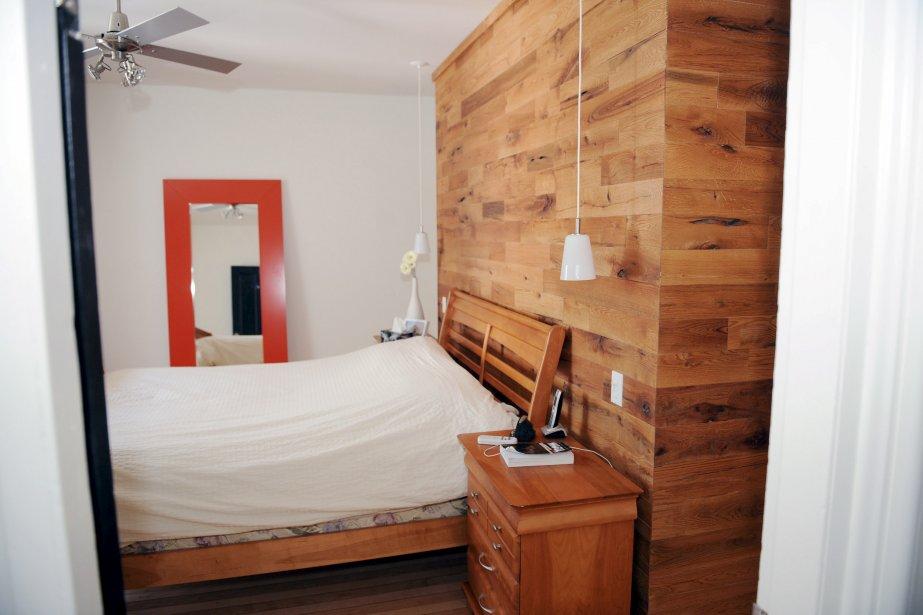 entrez dans une belle maison r nov e du vieux qu bec. Black Bedroom Furniture Sets. Home Design Ideas