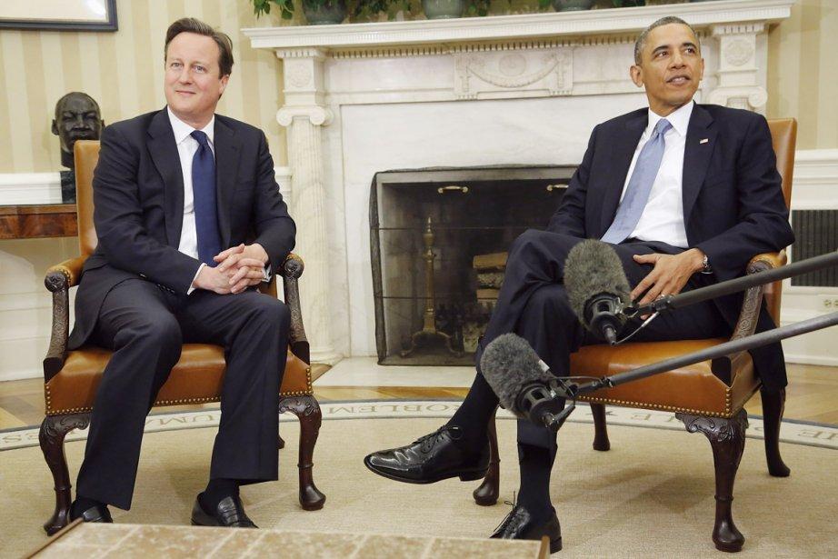 Le premier ministre britannique David Cameron est reçu... (PHOTO JONATHAN ERNST, REUTERS)