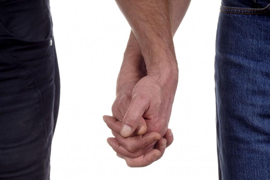 Deux jeunes hommes accusés d'homosexualité ont comparu lundi... (Photos.com)